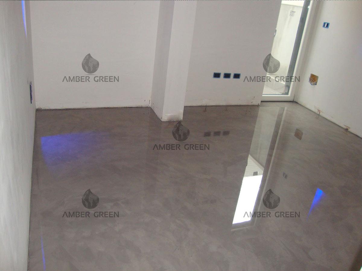 Pavimento in resina con effetto spatolato - soggiorno